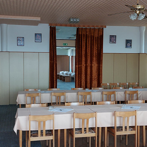 Kavárna Restaurace Kulturní Dům Větrný Jeníkov